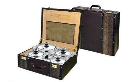 Garnki ZPT - 18 elementów zapakowanych w walizce
