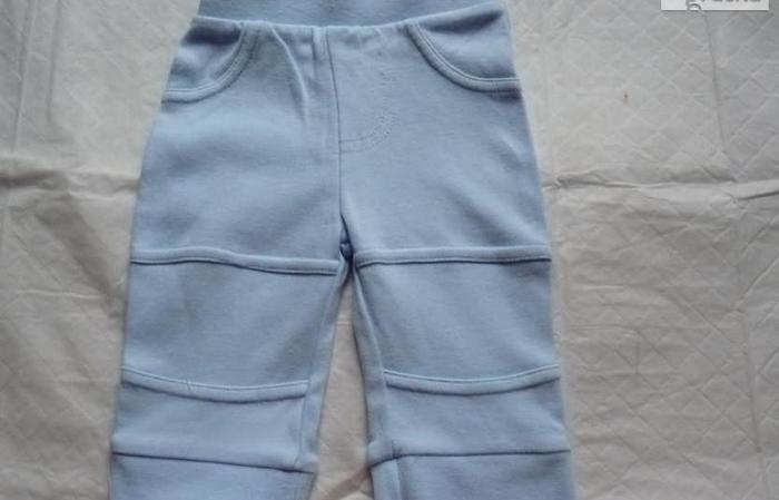 błękitne spodenki rozmiar50-56 cm 4.5 kg