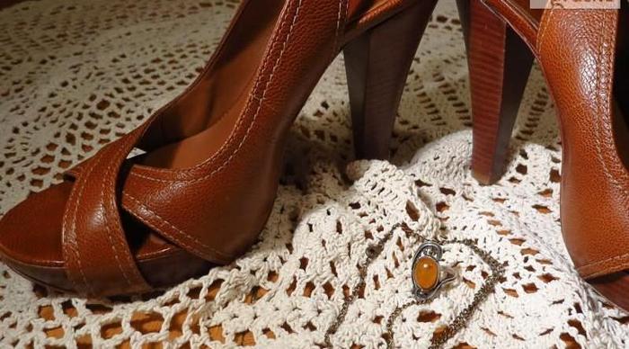 Buty na obcasie Sandałki na słupku