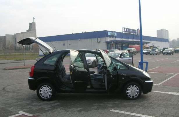 CITROEN XSARA PICASSO 2.0 HDI Czarny metalik-Lifting-2004rok !!!