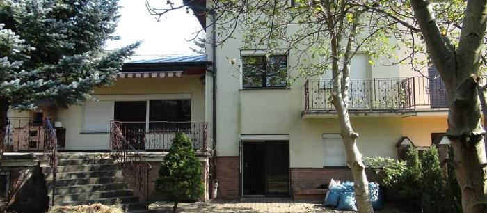Dom Warszawa Powsin, ul. Przekorna 63 7 pokoi, 2-piętrowy, 1993 rok budowy, 512 m2 działki, 3 295 PLN/ m2 dowolne