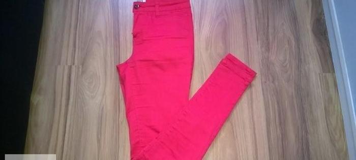 Dopasowane spodnie vero moda Nowy produkt