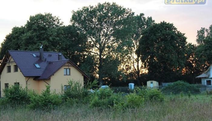 Działki budowlane około 700 m2 Trzek-Gowarzewo ( ul. Czereśniowa) tel. 604255845