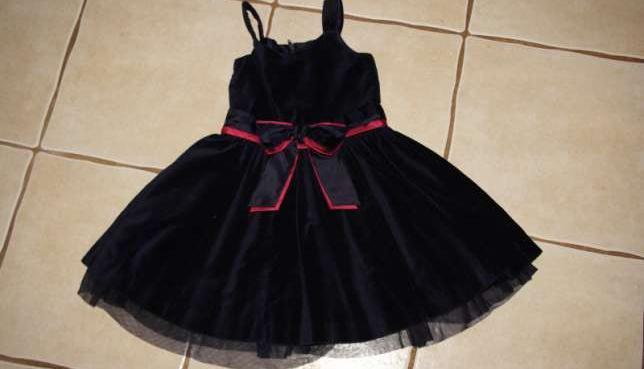 c67c67bab8 Elegancka sukienka dla 3 latki sprzedaż - Katowice