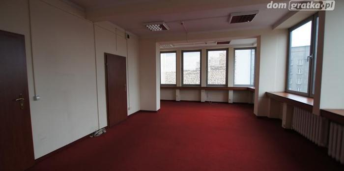 Lokal Katowice Śródmieście, ul. Korfantego 2 5 pomieszczeń, 3 piętro, 38 PLN/ m2 biuro