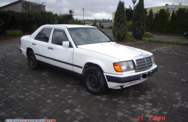 Mercedes-Benz 200 124*2.0Diesel*do Jazdy*okazja* 1989