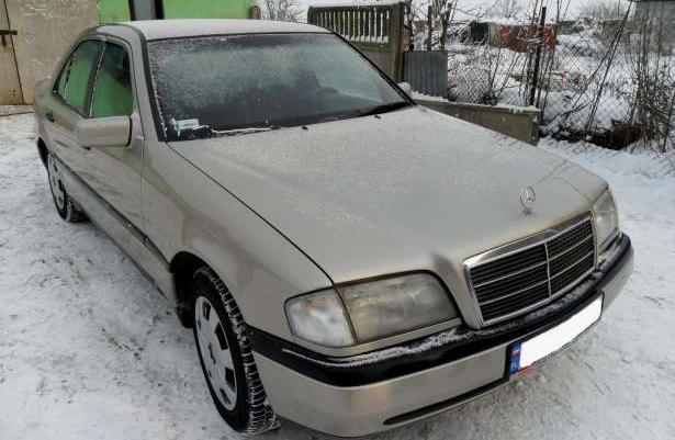 Mercedes Benz 220 CE 95r !!! GAZ GAZ GAZ !!!