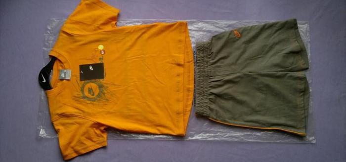 NIKE spodenki koszulka wieszak gratis.Za pół ceny. Nowy produkt