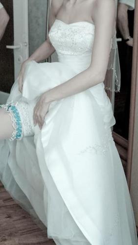 sprzedam biała suknię ślubną firmy Annais model AMARYLIS rozmiar 36