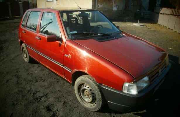 Sprzedam Fiata Uno 1.0 LPG 98rok Oszczędny!