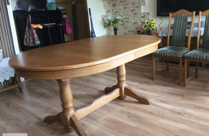 Stół dębowy rozkładany dla 14 osób,6 krzeseł,2 szafki i barek