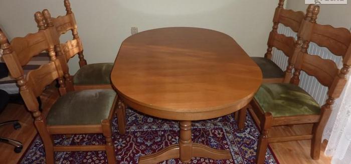 Stół rozkładany 100x160x200 + 4 krzesła z litego dębu stan bardzo dobr