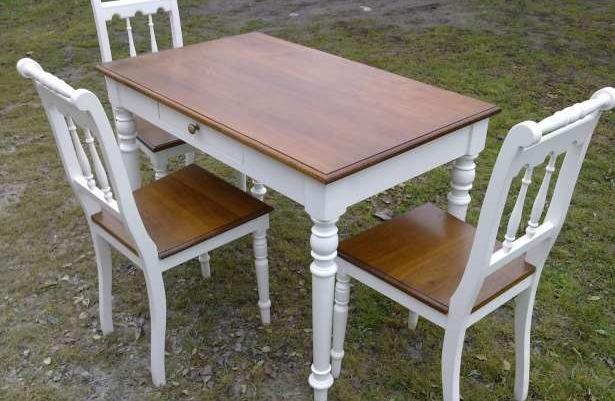 Stary Stół Kuchenny I 3 Krzesła Sprzedaż Góra