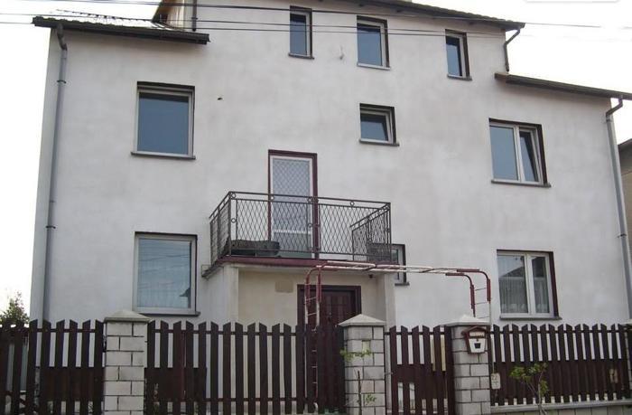 SUPER CENA 365000 nowy wykończony budynek usługowo -mieszkalny. OK. IGOŁOMII 609424481