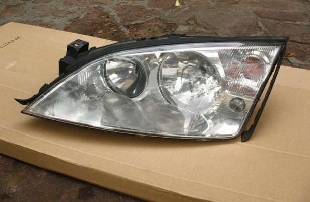 Szkło, odblask Ford Mondeo MK3 MKIII lampa lewa przód, do negocjacji