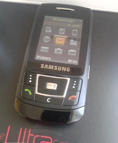 Telefon Samsung D900i